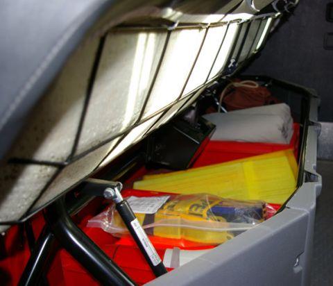 TSF-W, Mannschafts- & Fahrerraum - Sitzbank